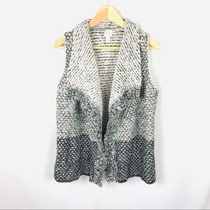 LIKE NEW! Chico's sleeveless open cardigan vest